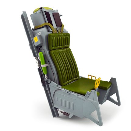 F16 G-seat in composite material by Schurgers Design