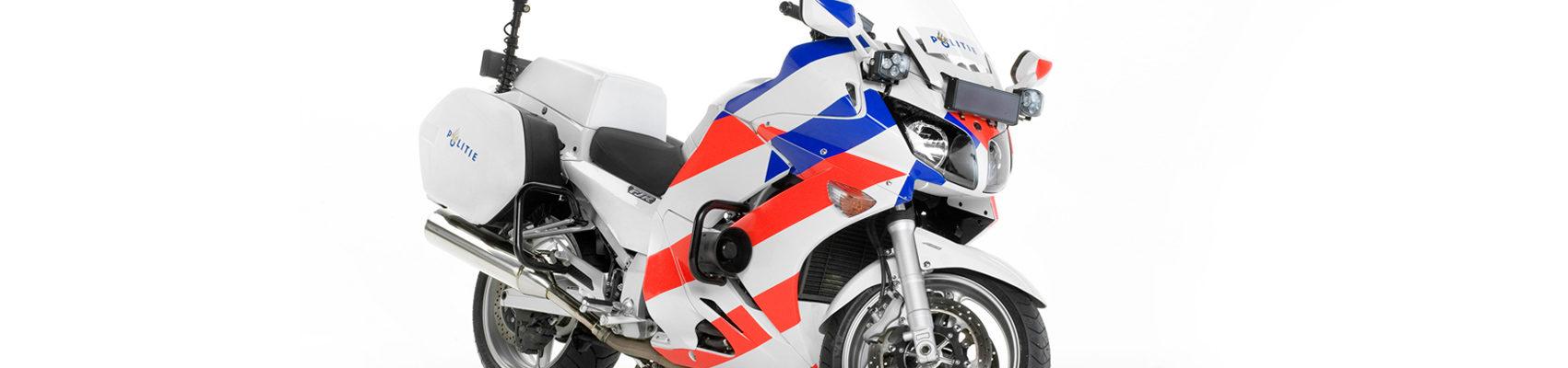 elargisseur tête de fourche - Page 2 Schurgers-Design_Yamaha-FJR-Politie-1-1701x400