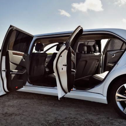 Schurgers-Design_Polyester_Luxury car interior panels